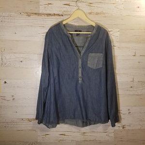 GAP half button blouse